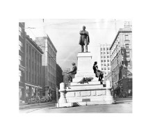HenryGradyStatue-1939-2-1